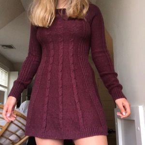 Long sleeve maroon small Hollister sweater dress
